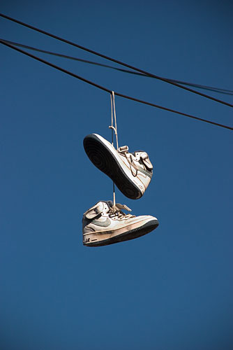 shoes_on_wire-1