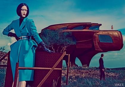 google-glass-and-a-futuristic-vision-of-fashion-2