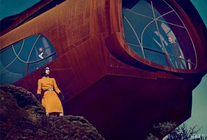 google-glass-and-a-futuristic-vision-of-fashion-4